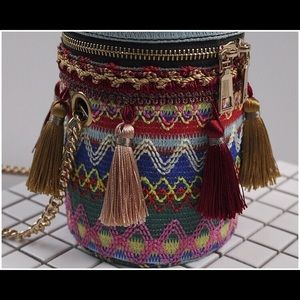 Handbags - Bucket Bag Boho Minis! Trending
